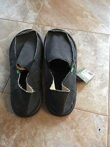 Sanuk Men's sandals size 14