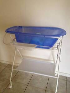 Baby Bath and stand South Morang Whittlesea Area Preview