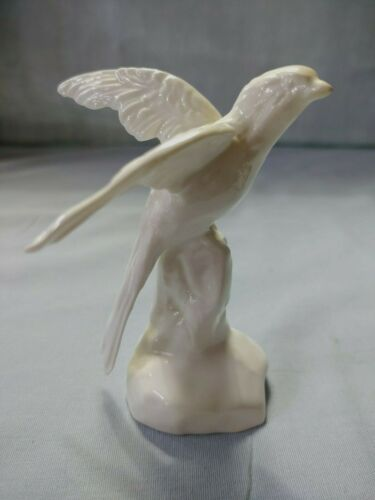 Crown Staffordshire England White Bone China Bird Figurine J T Jones