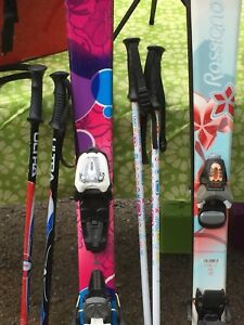 Girls Skis/poles/bindings