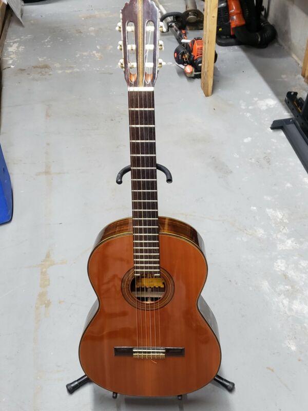 Bruno Ventura 1600 Classical Guitar with case, Rare, Japan