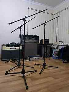 Microphone stand Midland Swan Area Preview