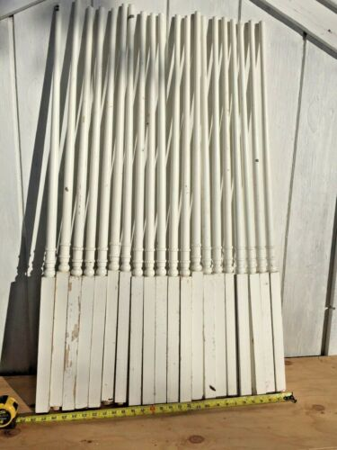 """10  Antique Vintage 34"""" Wood Wooden Staircase Stair Rail Spindle Baluster"""