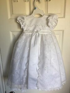 Girls sz 6-9 month Baptism Dress
