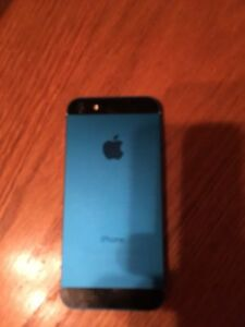Teal blue iPhone 5 32gb Telus/Koodo