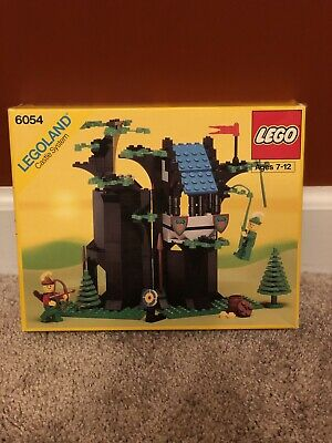 Lego 6054 Castle Forestmen's Hideout - 100% Complete with Box and Manual EX Cond