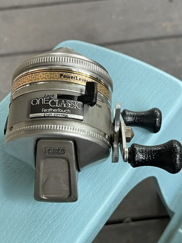 ZEBCO One Classic FeatherTouch Vintage Reel Made In USA