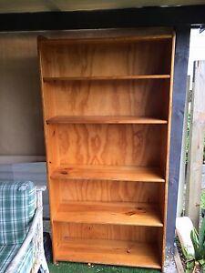 Solid book shelf Bellambi Wollongong Area Preview