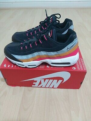 New NIKE AIR MAX 95 ESSENTIAL UK SIZE 7