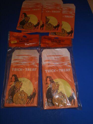 31 Vintage Halloween Paper Treat Bags, 40 sealed, 11 not sealed but unused