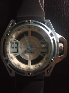 """2(x)ist """"The NYC"""" transparent 3D dial watch 44mm"""