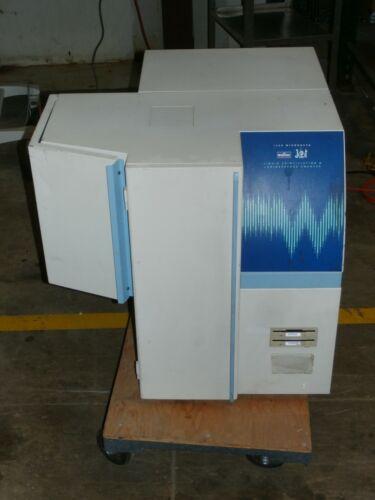WALLAC MicroBeta TriLux 1450-024 Jet Liquid Scintillation Luminescence Counter