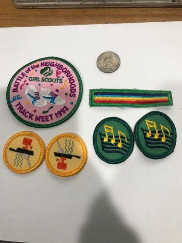 Girl Scouts BATTLE OF THE NEIGHBORHOOD 1992 LOT 1