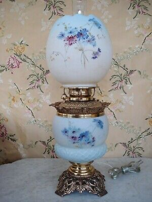 Outstanding Antique Banquet Oil Lamp GWTW Hand-painted Cornflowers