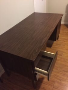 Solid office desk (used)