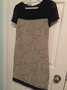 Geometric knee length dress from dick and janes