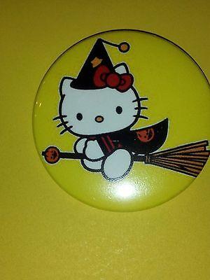 Hello Kitty - Witch Halloween Pins/Buttons](Hello Halloween)