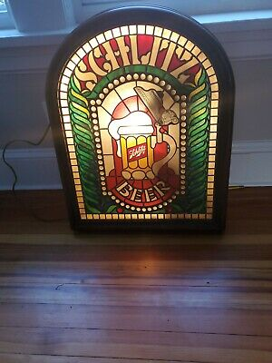 Vtg 1980 Schlitz Beer Tiffany Glass Globe Advertising Light Up Man Cave Bar Sign