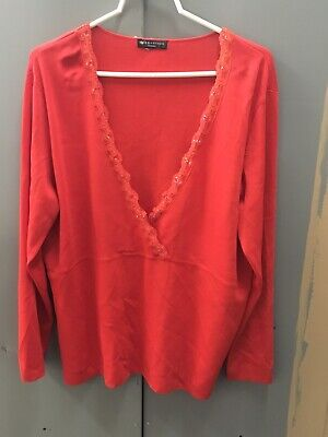 89th MADISON women's Plus Size Christmas Red V-Neck Sweater 2X 3X lace Sequins ()