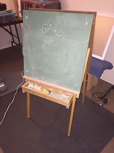 Children's Chalkboard - Whiteboard Easel