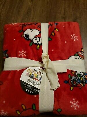 Berkshire Peanuts Snoopy Christmas Lights Red Holiday Throw Blanket 50 x 70