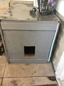 Free heated insulated cat house