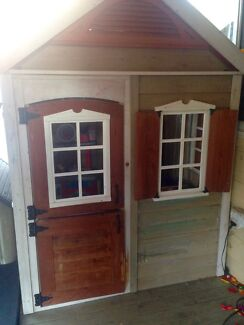 Kids cubby house Gorokan Wyong Area Preview