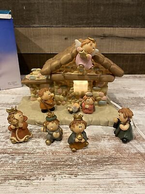 Nativity Set 8pc Porcelain 7 2.25in Figures & Lighted 9.5 x 5.5in Stable in Box