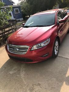 2010 Ford Taurus reduced