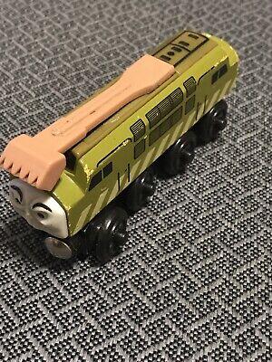 Thomas The Train Wooden Railway Diesel 10 with Sliding Pincher - 2000 TTW1013