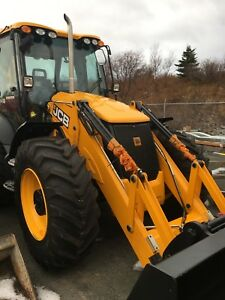2018 JCB 4CX Backhoe