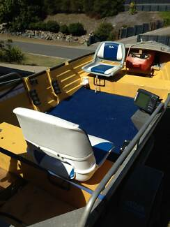 TINNIE 3.9MTR ALUMINIUM BOAT 25HP YAMAHA 4 STROKE ELECTRI South Gladstone Gladstone City Preview