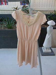 Paper Scissors size 8 dress. Heathwood Brisbane South West Preview