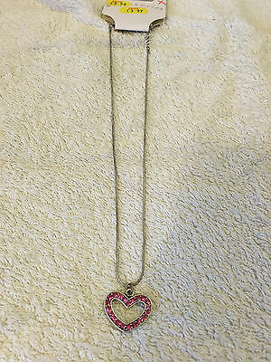Discount Heart - SUMMER FASHION - PINK / SILVER HEART SHAPE NECKLACE - 50% DISCOUNT!!