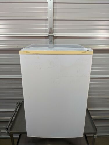 Fisher Scientific 97-960-1 Undercounter Refrigerator & Freezer  / TESTED
