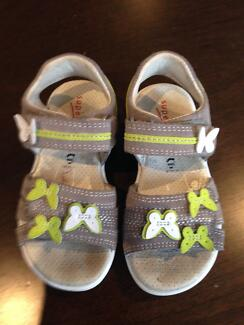 Ecco supafit girls leather sandal 24 (6-6.5)