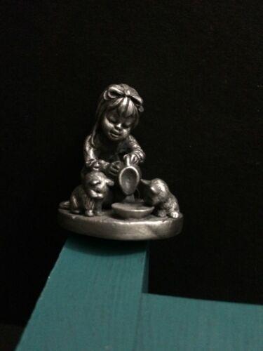 Hallmark Little Gallery Pewter Betsey Clark Feeding Kitty Cat Miniature Figurine