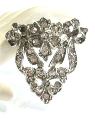 ADORABLE SMALL VINTAGE FLORAL FRENCH PASTE RHINESTONE FLOWER & BOWS DRESS CLIP