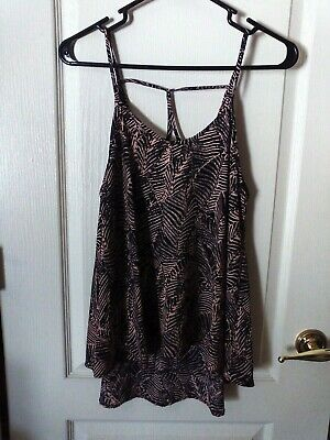 Sienna Tank (Sienna Sky Cami/ Babydoll Tank Pink/Black Leaves Print High Low Hem - M)