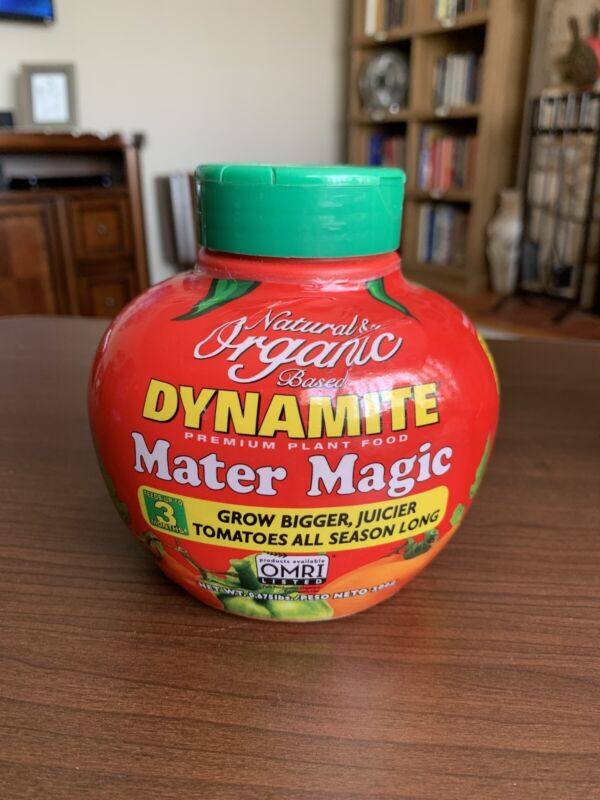 Natural and Organic Mater Magic Plant Food, Tomato plant food. 0.675-Pound