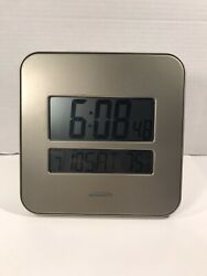 Atomix Radio Controlled Clock Thermometer Wall Desk Temperature / Time / Date