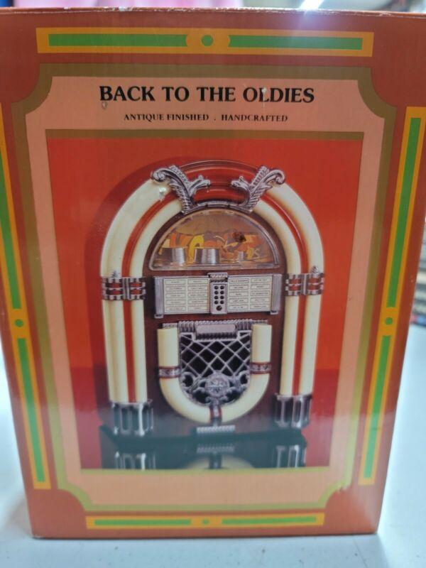 back to the oldies 1946 jukebox design radio.  open box.  3c