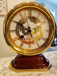 Smithsonian Bulova Quartz Desk Clock USA Great Seal Eagle gold tone heavy, works