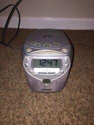 Philips Magnavox AJ3950/17 Dual Alarm Clock CD Player Radio Tested A38