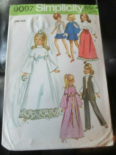 """BARBIE Simplicity 9097 VINTAGE 11 1/2"""" Fashion DOLL CLOTHES Sewing PATTERN- 1974"""