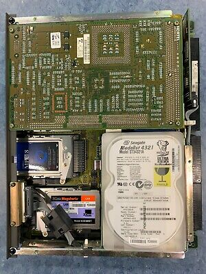 Nortel Ntrh14aa 200i Callpilot Server Cw 2 Mpc-8 Cards And Hdd.