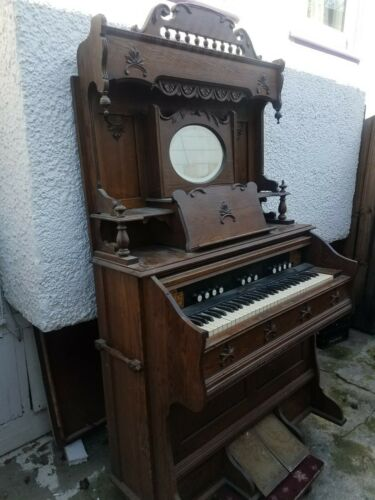 ANTIQUE VINTAGE BECKWITH CHICAGO PUMP ORGAN PIANO WITH ROUND MIRROR