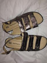 BRAND NEW Gold Ladie's Hush Puppies Size 7 (39) Duncraig Joondalup Area Preview