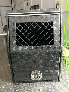 DOG BOX - HALF SIZE (BRAND NEW)