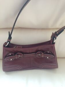 Ladies burgundy leather handbag